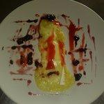 Camembert gratinado con frutos rojos