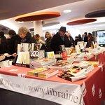 La librairie du TNB, installée après chaque spectacle © Christian Berthelot
