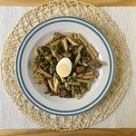 Plats protéinés : Macaronis au romarin et aux oeufs
