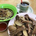 Tengkera Duck Noodle Restaurant의 사진