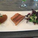 Foie gras avec pain d'epice et chutney de pomme