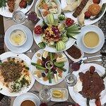 Kebabları ve diğer lezzetli yemekleri