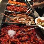 Pilihan Buffet Seafood Di The Market Hotel Iconn