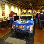 El famoso R8 del Bierzo en un abigarrado museo