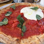 Pomodoro&Basilico pizza and food รูปภาพ