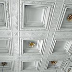 Décoration du Royal-Café: le plafond à caissons