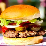 The Custom Block with tomatoes, lettuce, mayonnaise, ketchup, pickles and onions #blockburgerrvk
