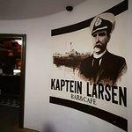 Kaptein Larsen Foto