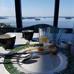 Frukost på 18:e våningen