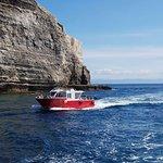Départs permanents tous les jours pour les grottes falaises calanques 1h Départs pour les îles L