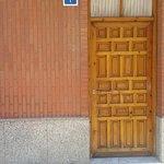 Esta es la puerta del Restaurante Los Gatitos