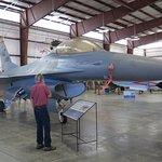 Foto de Pueblo Weisbrod Aircraft Museum