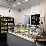 Cosy and welcoming pastry shop with delicious handmade salty and sweet treats to get you energiz