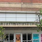 The Pearl Theatre ภาพถ่าย