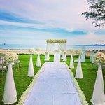 Dusit Thani Krabi Beach Resort Photo