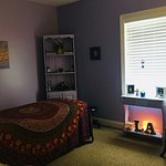 Psychic Lisa Ann's Room.  Intuitive Healing & Past Lives done here.