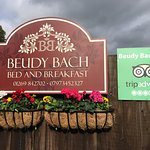 Beudy Bach Bed and Breakfast
