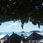 White House Beach Resort & Spa Photo