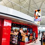 Hình ảnh về HKIA No.2 Passenger Terminal Building Shopping Area