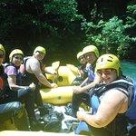 Rafting στο Βοϊδομάτη η καλύτερη ομάδα με τον καλύτερο οδηγό τον Πάνο τον Καταδρομέα