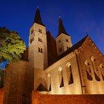 Dom zum Heiligen Kreuz Nachtansicht