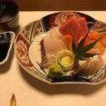コース料理の4品目(刺身)