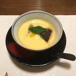 コース料理の6品目(茶碗蒸し)