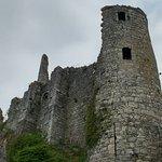 Les ruines du Chateau Fort de Montaigle ภาพ