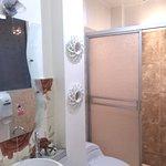 Habitación simple con aire acondicionado