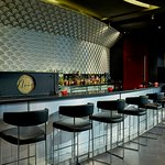 Noir Bar & Lounge
