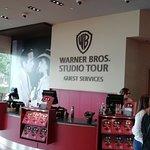 Warner Bros. Studio Tour Hollywood ภาพถ่าย