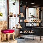 Boutique souvenirs / Souvenir shop