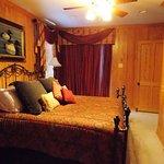 Houseboat Master Bedroom