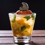 Cachaça or vodka mixed with cashew, mandarin and mint