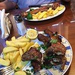 Cousins Restaurant ภาพถ่าย