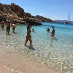 Spiaggia di Cala Coticcio Φωτογραφία
