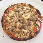 Pizza al tegamino con funghi