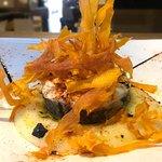 Merluza a la gallega con parmentier y chips de boniato del restaurante Monty's de Madrid