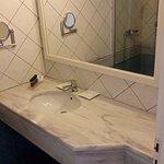Ванна (2 душевых кабинки)