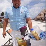 Alejandro waiter