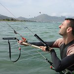 Ramon kitesurfing lessons in Mallorca Pollensa kitespot in July