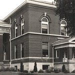 Town Square Community Center is located in the historic, old county courthouse built in 1899.
