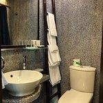 Lan Kwai Fong Hotel  - bathroom