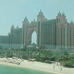 صورة فوتوغرافية لـ Palm Jumeirah Monorail