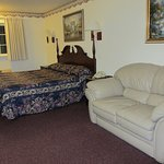 Lighthouse Inn - King bed and couch