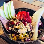 Pitaya Bowl with Homemade granola
