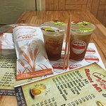 Trà chanh, trà đào, trà quất, trà sữa...nguyên liệu pha chế tuyển chọn.