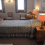 The Queens Bedroom