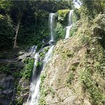 Tamaraw Waterfalls照片