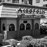 Acropolis Pizza & Pasta 7 minutes drive to the north of Evergreen Pediatric Dentistry Kirkland,